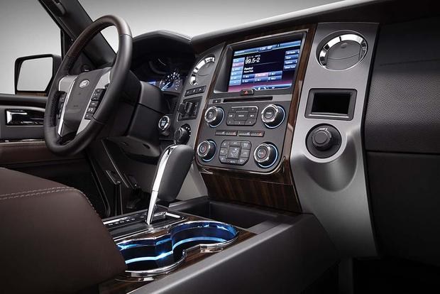 suv en trend reviews xlt rating motor canada cars dashboard ford expedition and