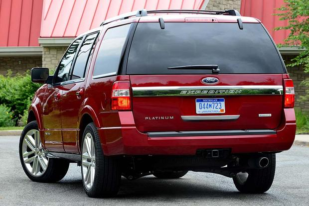 2016 Ford Expedition: New Car Review featured image large thumb3