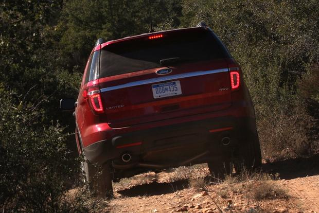 2011 Ford Explorer: Used Car Review featured image large thumb2