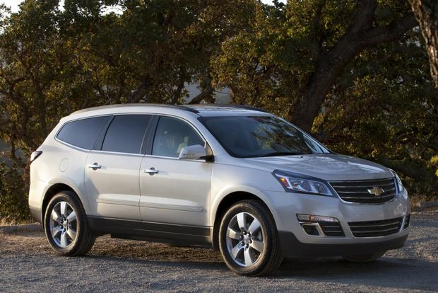 2014 Ford Explorer vs. 2014 Chevrolet Traverse: Which Is Better? featured image large thumb11