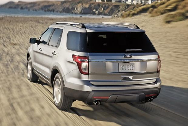 2014 Jeep Grand Cherokee vs. 2014 Ford Explorer: Which Is Better? featured image large thumb6