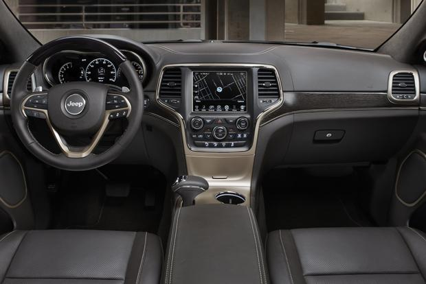 2014 Jeep Grand Cherokee vs. 2014 Ford Explorer: Which Is Better? featured image large thumb3