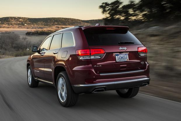 2014 Jeep Grand Cherokee vs. 2014 Ford Explorer: Which Is Better? featured image large thumb2