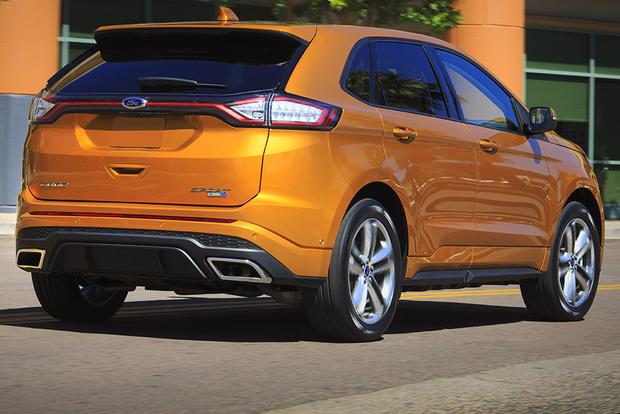 2015 Ford Explorer Vs 2015 Ford Edge What S The Difference
