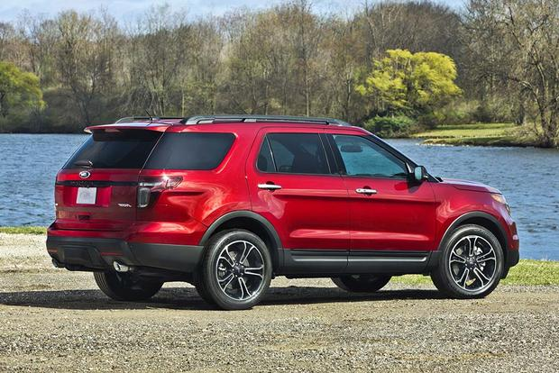 2015 vs. 2016 Ford Explorer: What's the Difference? featured image large thumb3
