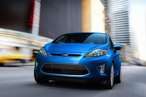 2013 vs. 2014 Ford Fiesta featured image large thumb0