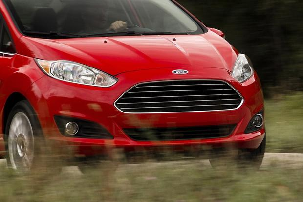 2013 vs. 2014 Ford Fiesta featured image large thumb6