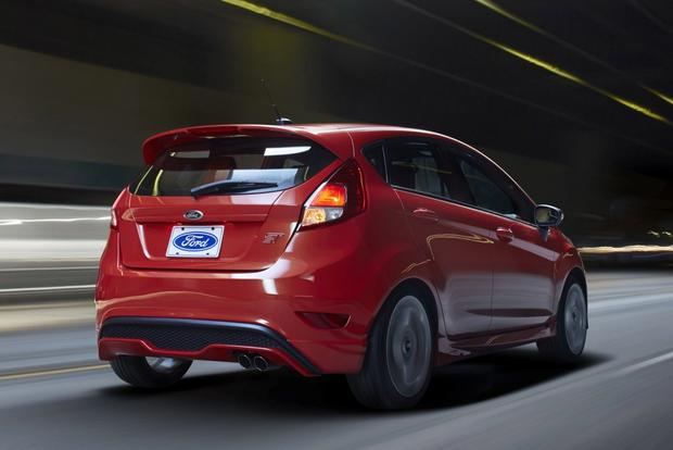 2013 vs. 2014 Ford Fiesta featured image large thumb7