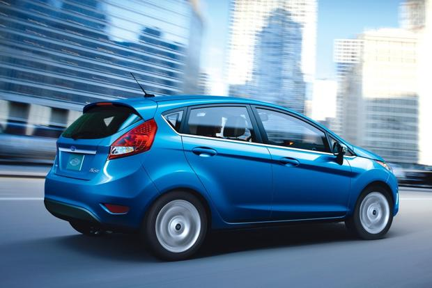 2013 vs. 2014 Ford Fiesta featured image large thumb3