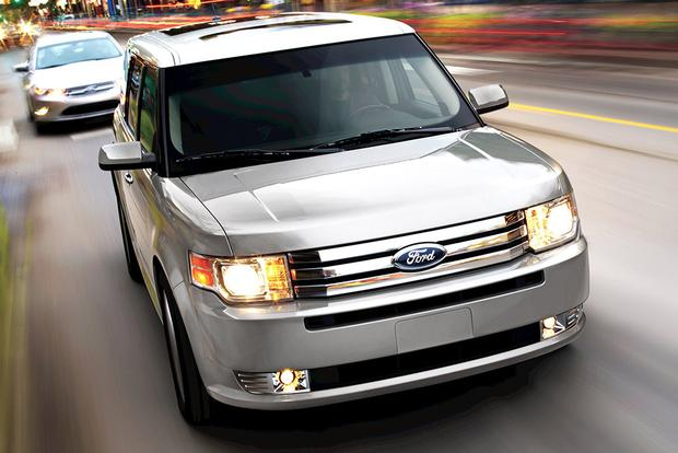 2011 Ford Flex: Used Car Review featured image large thumb1