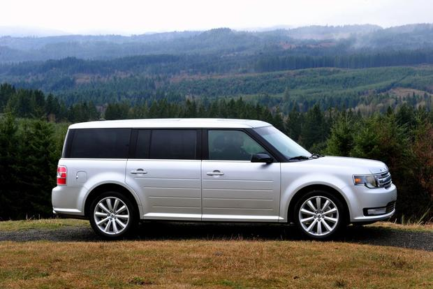 2013 Ford Flex: New Car Review featured image large thumb1