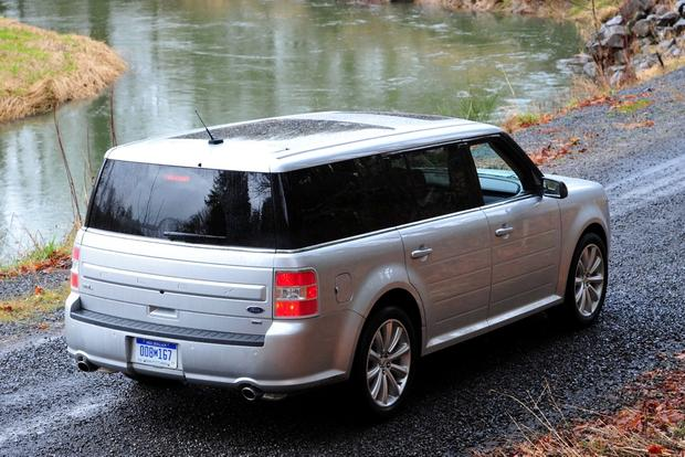 2013 Ford Flex: New Car Review featured image large thumb3