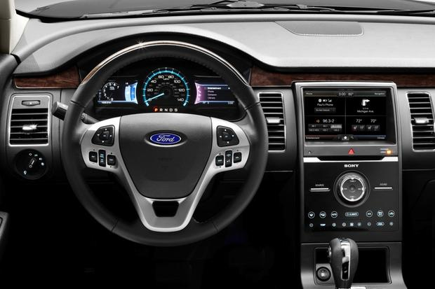 2014 Ford Flex Pictures: Dashboard | U.S. News &- World Report