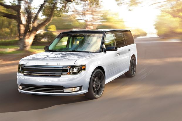 2017 Ford Flex: New Car Review featured image large thumb2