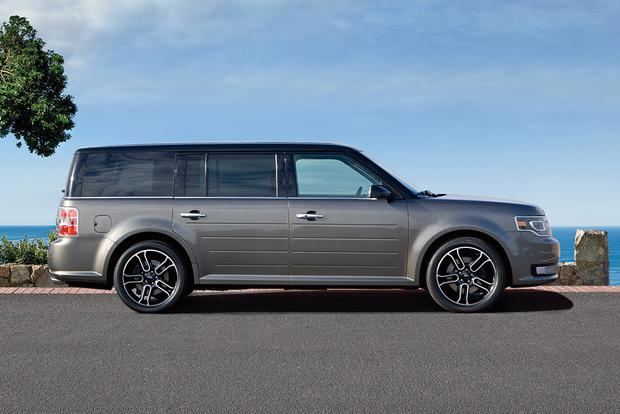 2018 Ford Flex: New Car Review featured image large thumb2