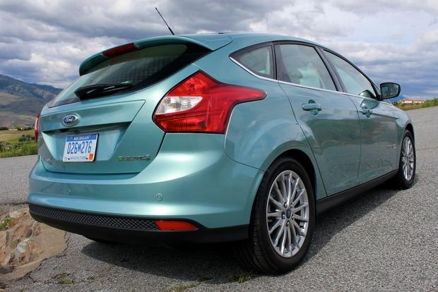 2012 Ford Focus Electric: New Car Review featured image large thumb11