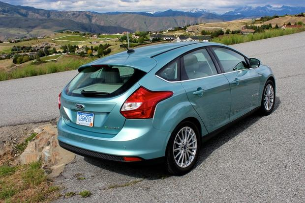 2012 Ford Focus Electric: New Car Review featured image large thumb12