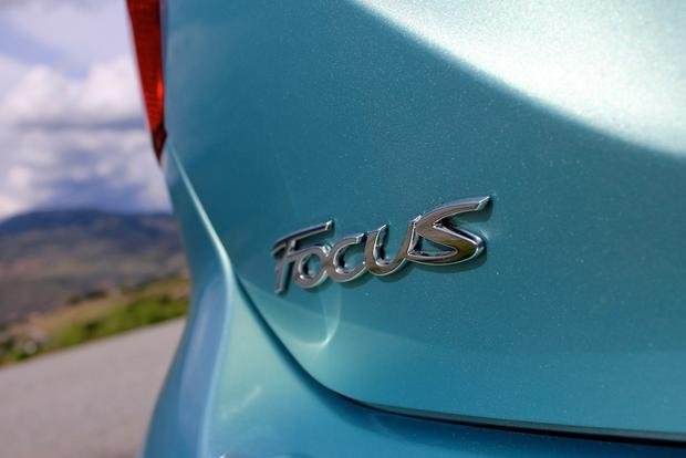 2012 Ford Focus Electric: New Car Review featured image large thumb15