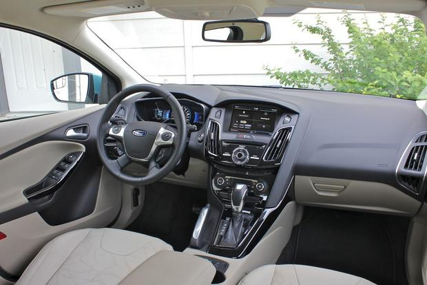2012 Ford Focus Electric: New Car Review featured image large thumb18