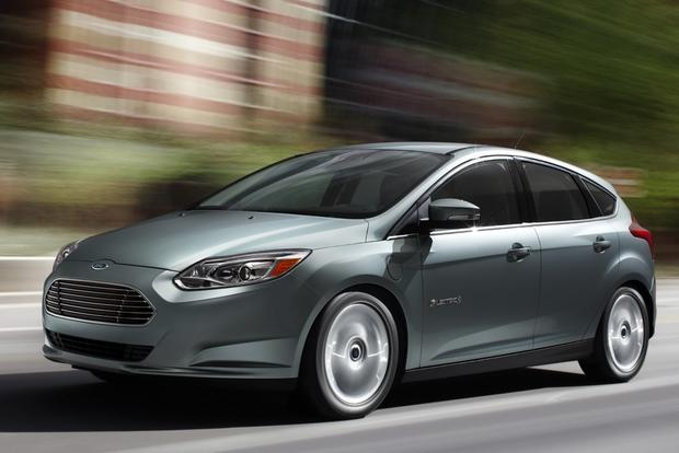 2013 Nissan Leaf vs. 2013 Ford Focus Electric featured image large thumb5