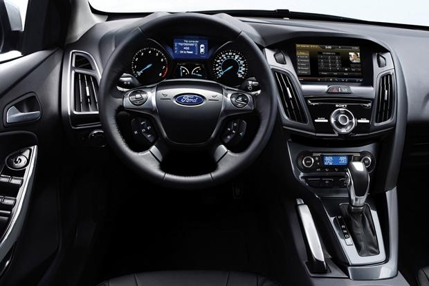 2014 Ford Focus vs. 2014 Chevrolet Cruze: Which Is Better? featured image large thumb8
