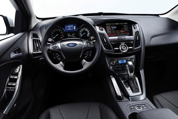 2014 Ford Focus: New Car Review featured image large thumb4