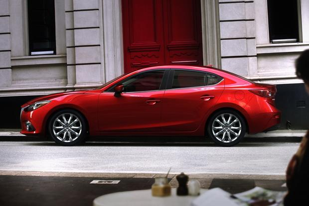 2014 Ford Focus vs. 2014 Mazda3: Which Is Better? featured image large thumb5