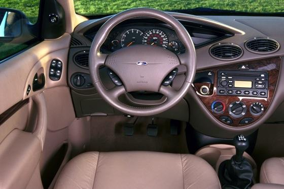 2000-2007 Ford Focus: Used Car Review featured image large thumb5