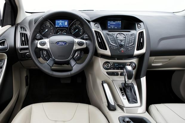 2012 Ford Focus: New Car Review featured image large thumb14