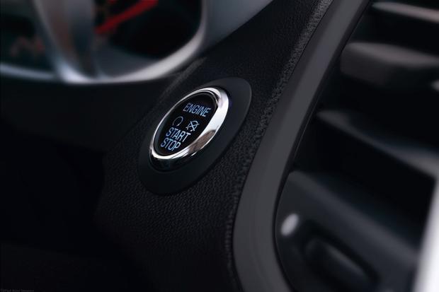 2013 Ford Focus Sedan: OEM Image Gallery featured image large thumb12