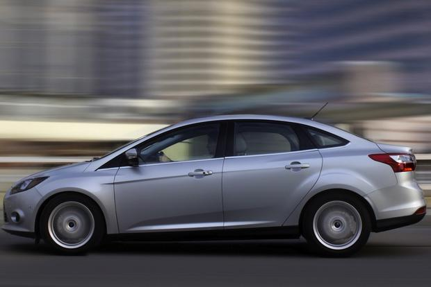 2013 Ford Focus: Used Car Review featured image large thumb4