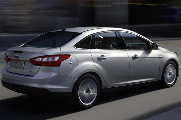 2013 Ford Focus: Used Car Review featured image large thumb6