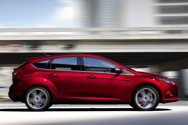 2014 Ford Focus Vs 2014 Ford Fiesta What S The Difference