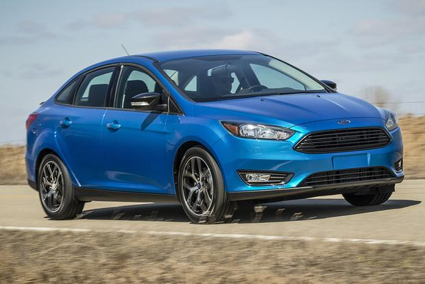 2015 Ford Focus: New Car Review featured image large thumb3