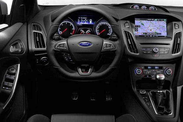 Used Suv Under 10000 >> 2016 Ford Focus RS vs. 2016 Ford Focus ST: What's the ...