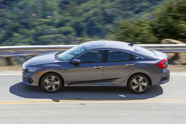 2016 Honda Civic vs. 2016 Ford Focus: Which Is Better? featured image large thumb1