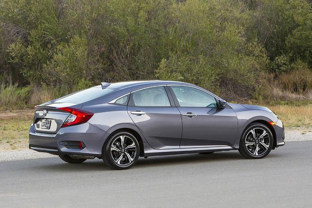 2016 Honda Civic vs. 2016 Ford Focus: Which Is Better? featured image large thumb3