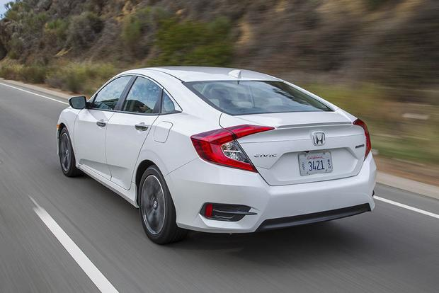 2016 Honda Civic vs. 2016 Ford Focus: Which Is Better? featured image large thumb5