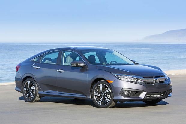 2016 Honda Civic vs. 2016 Ford Focus: Which Is Better? featured image large thumb9