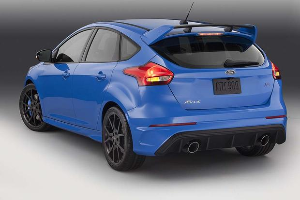 2017 Ford Focus ST vs. Focus RS: What's the Difference? featured image large thumb8