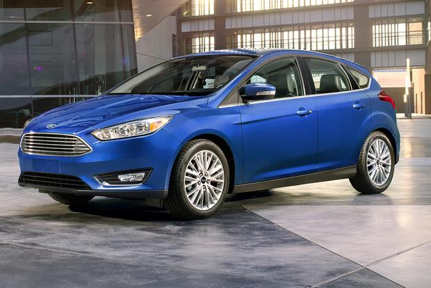 2018 Ford Focus New Car Review Featured Image Large Thumb0