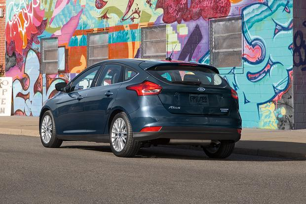2018 Ford Focus New Car Review Featured Image Large Thumb1