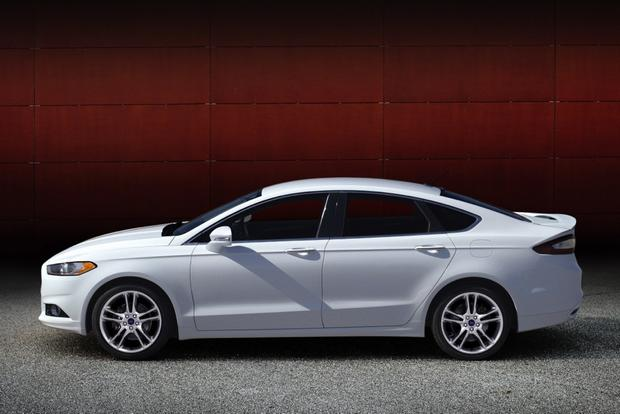 2013 Ford Fusion: New vs. Old featured image large thumb4