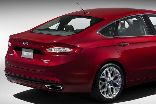 2013 Ford Fusion: New vs. Old featured image large thumb6