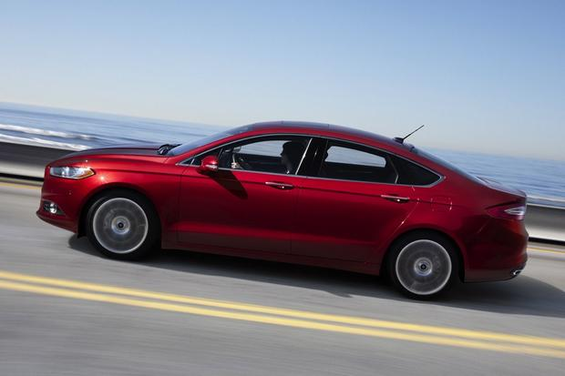2013 Ford Fusion: New vs. Old featured image large thumb12