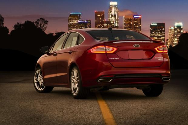 2013 Ford Fusion: New Car Review featured image large thumb1