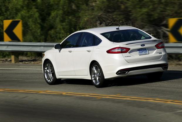 2013 Ford Fusion: New Car Review featured image large thumb3