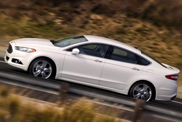 2013 Ford Fusion: New Car Review featured image large thumb5