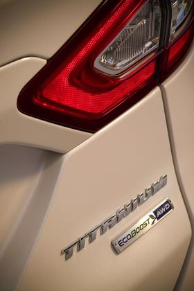 2013 Ford Fusion: New Car Review featured image large thumb7