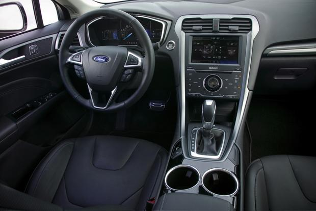 2013 Ford Fusion: New Car Review featured image large thumb8